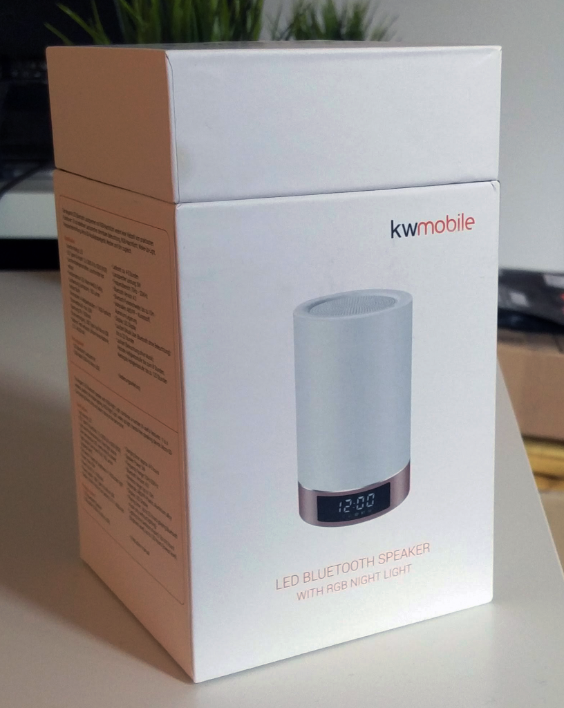 kwmobile LED Bluetooth Lautsprecher Verpackung